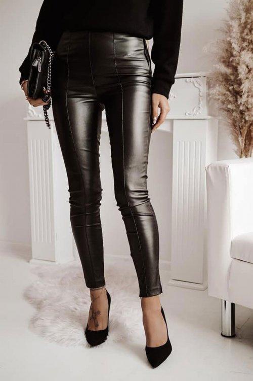 Woskowane legginsy TAKE ME OUT czarne