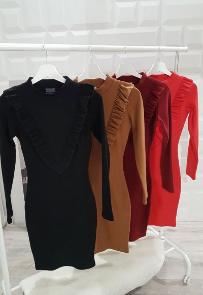 Sukienka z falbaną ROSANE czarna