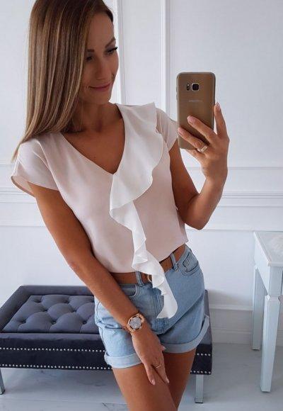 Bluzka MINTHY beżowa z białą falbaną