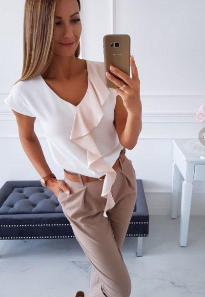 Bluzka MINTHY biała z beżową falbaną