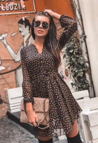 Sukienka MOSCOW czarna we wzory