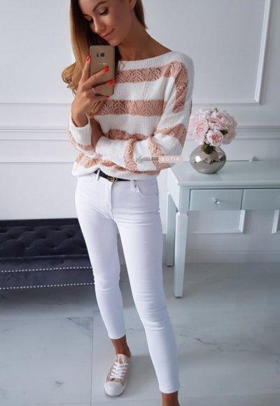 Sweter RENEE w brzoskwiniowe pasy